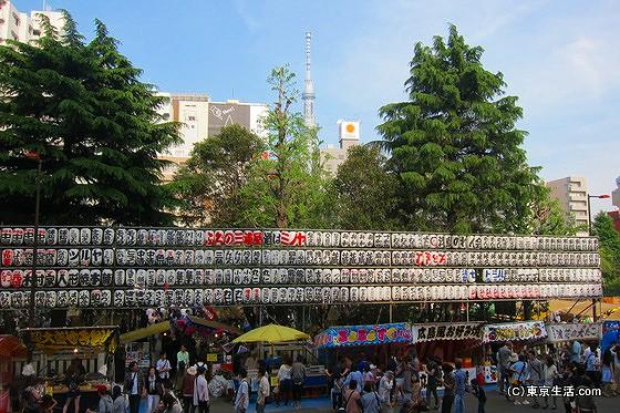 三社祭の屋台