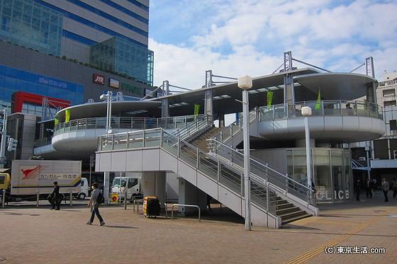 船橋駅南口のデッキ