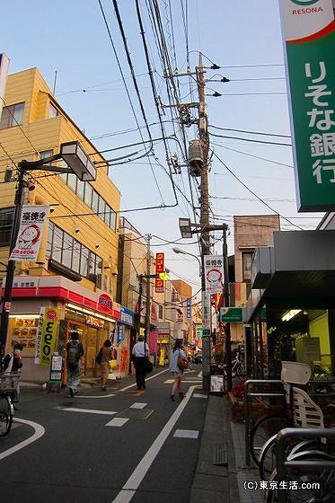 地元型のお店が多い