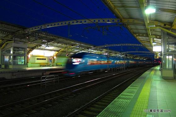 複々線化の豪徳寺駅