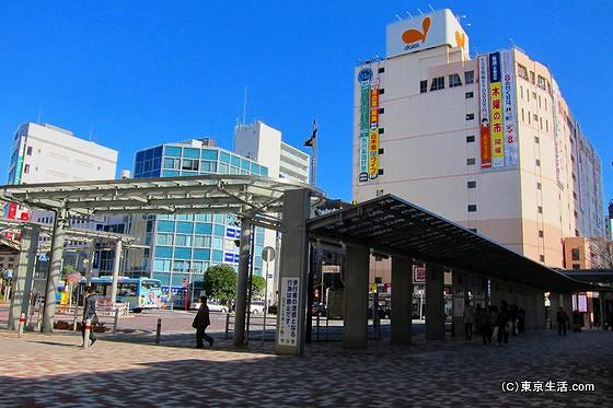 清潔な雰囲気の市川駅ロータリー