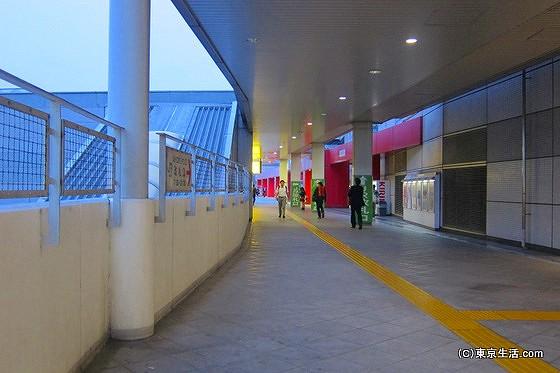 池袋駅メトロポリタン口通路