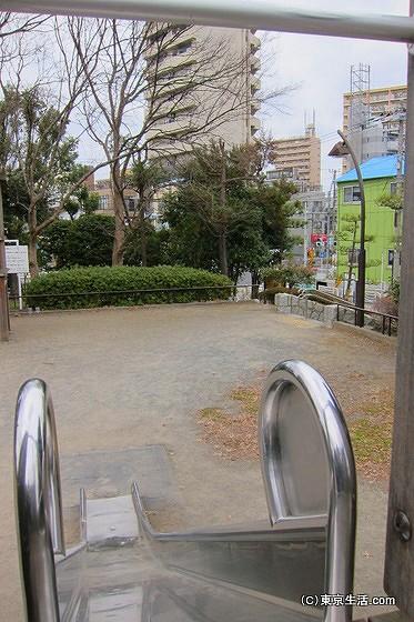 亀戸中央公園の滑り台