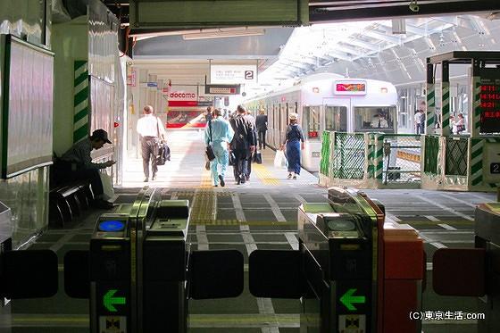 吉祥寺駅の井の頭線