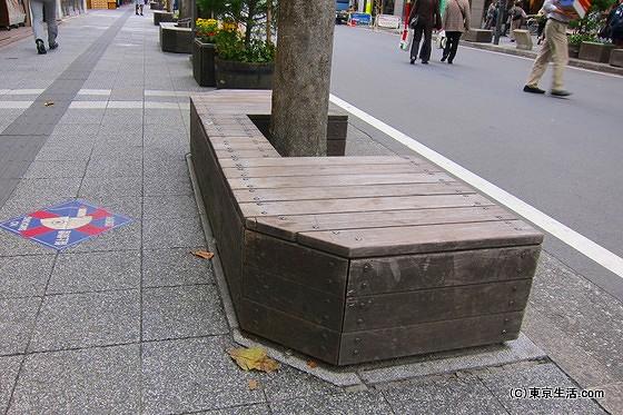 吉祥寺のベンチ
