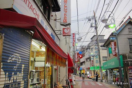 新高円寺駅側のルック商店街