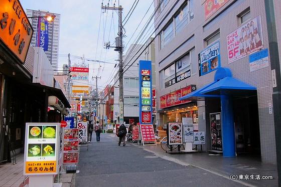 本八幡の繁華街