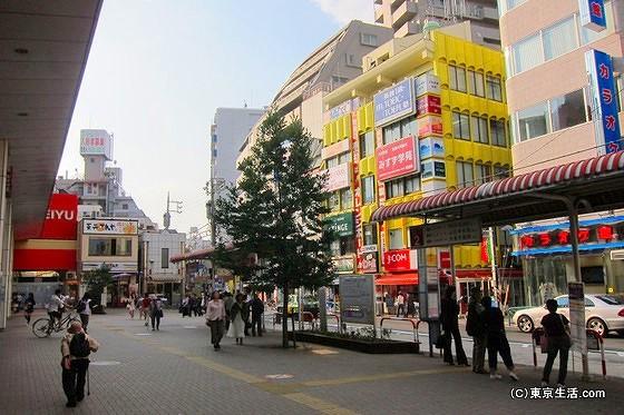 西荻窪駅の北口ロータリー