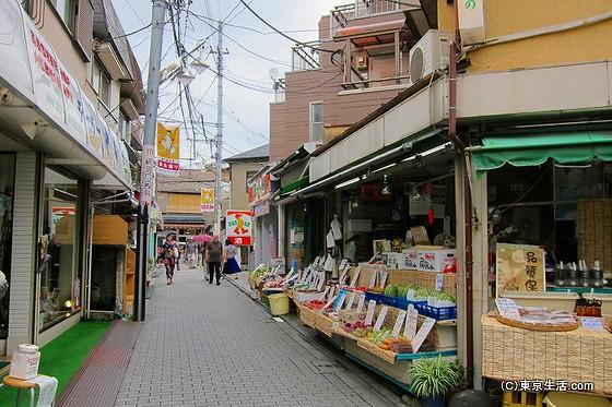 教会通り商店街の八百屋