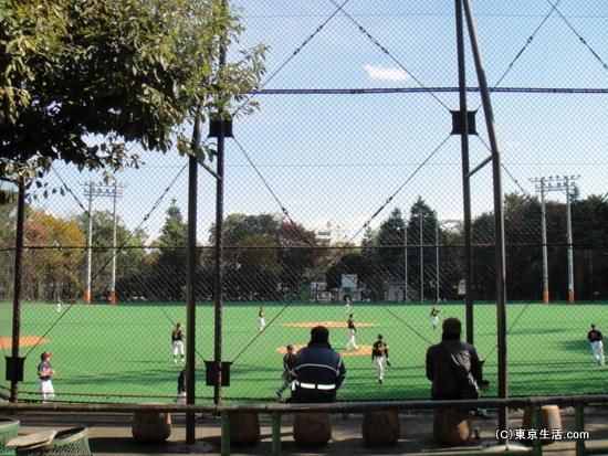 西戸山公園の野球場