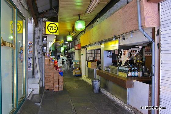 下北沢食品市場の飲み屋
