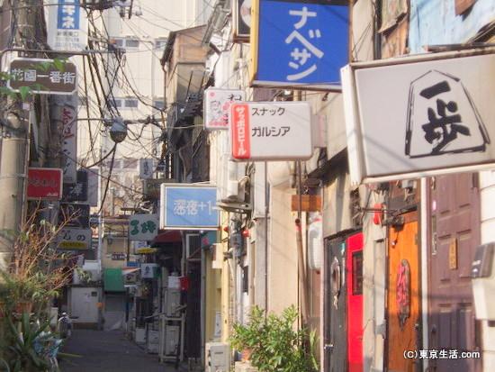 昭和のようなゴールデン街