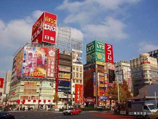 歌舞伎町もこちら
