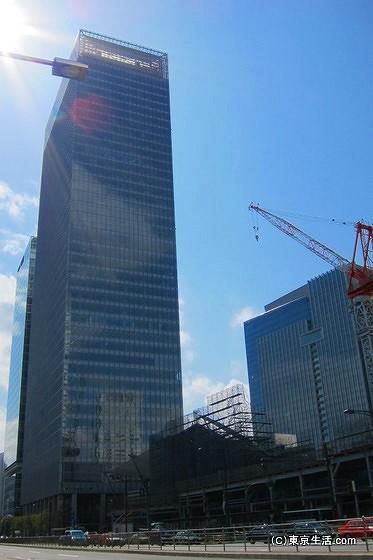 八重洲口の高層ビル
