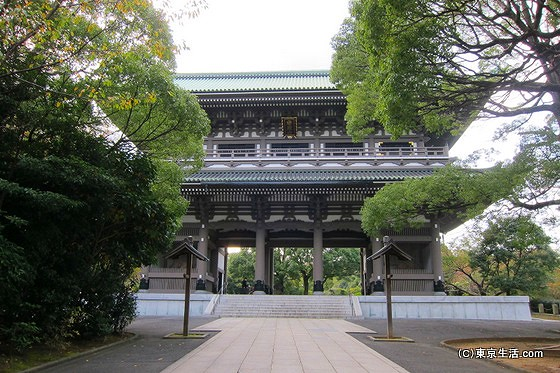 総持寺の三門