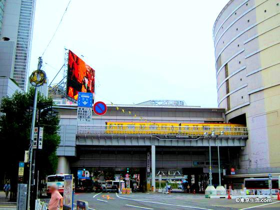 立体的な渋谷駅