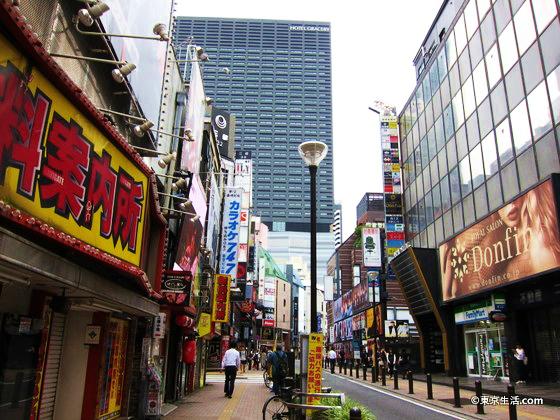 歌舞伎町の裏道